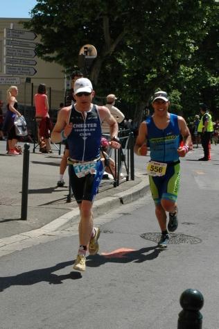 Neil Thomas on the run course