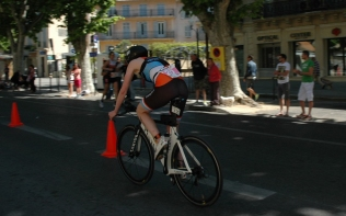 Beth Hughes on the bike course